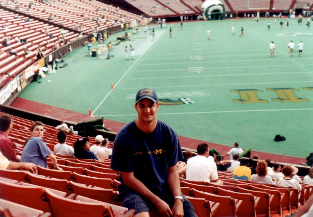 Michigan vs. Hawaii, 1998